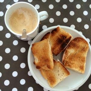petit-déj-café-tartine-madeleine-proust