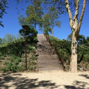 parc-urbain-eragny-escalier